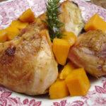 Gebratenes Huhn mit Honig, Mango und Rosmarin